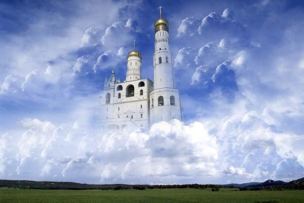 Церковь в облаках