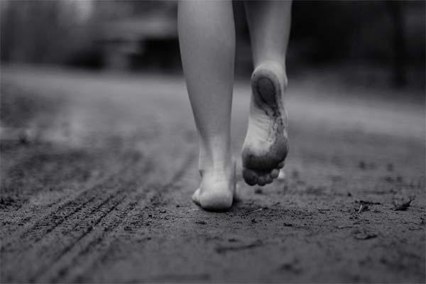 К чему снится идти по грязи