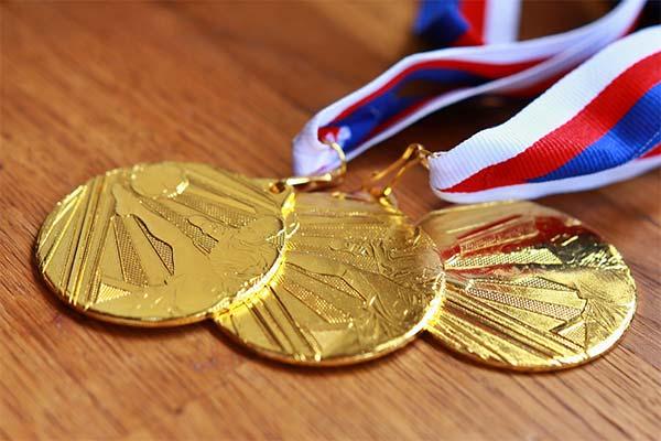 К чему снится медаль