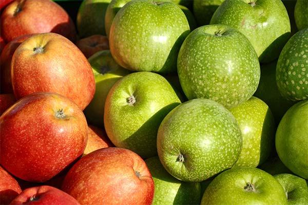Какого цвета приснились яблоки