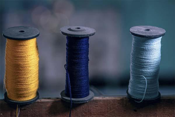 Какого цвета приснились нитки