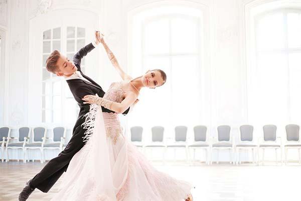 С кем танцевали во сне вальс