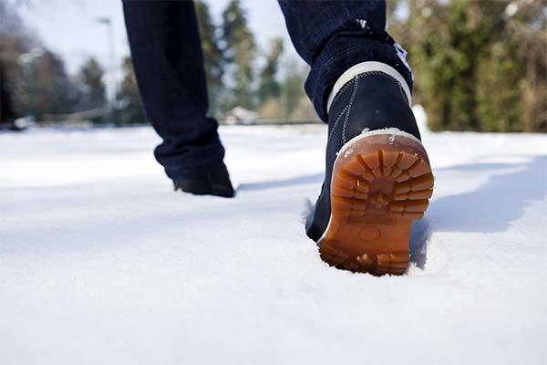 Сонник идти по снегу