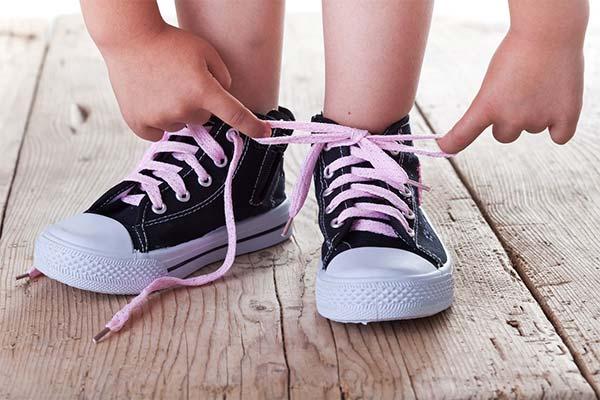 К чему снится завязывание шнурков
