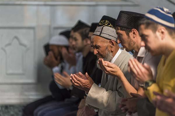 Молиться в мечети во сне