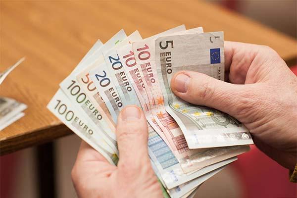 Считать евро во сне