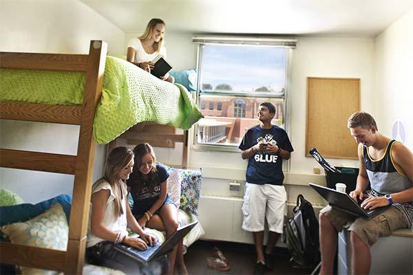 Общежитие во сне