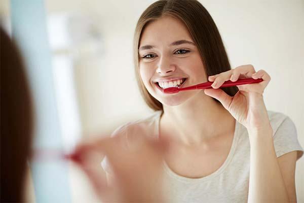 Чистить зубы до блеска во сне