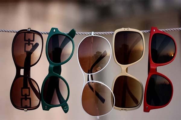 Какого цвета приснились очки