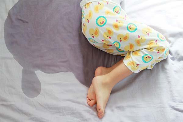 Описаться в кровати во сне