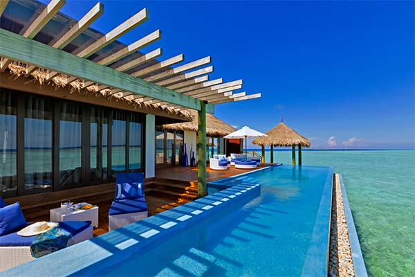 Отеле на берегу моря