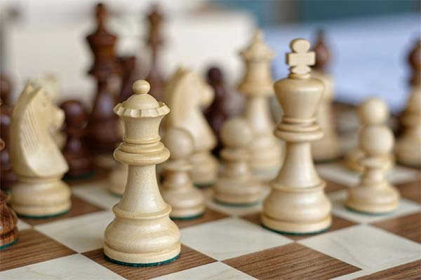 Шахматные фигуры во сне