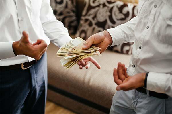 Тесть дает деньги