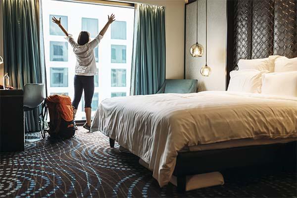 Жить в отеле во сне