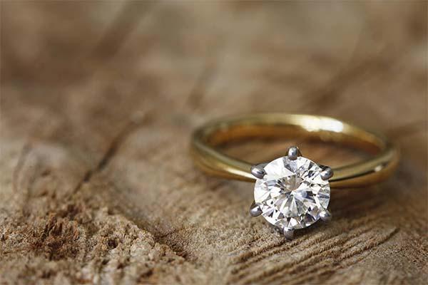 Кольцо с алмазом во сне