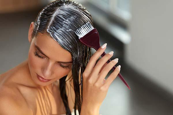 Сонник красить волосы