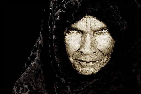 Сонник старуха в черном