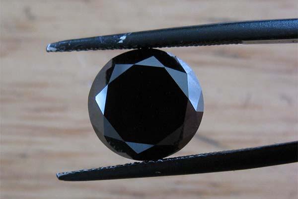 Черный бриллиант во сне