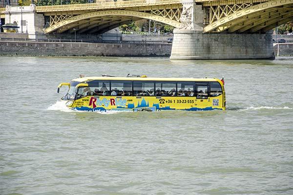 Сонник ехать по воде на автобусе