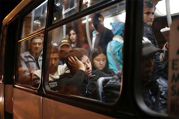 Сонник ехать в переполненном автобусе