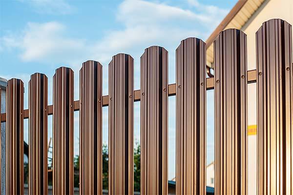 Сонник новый забор