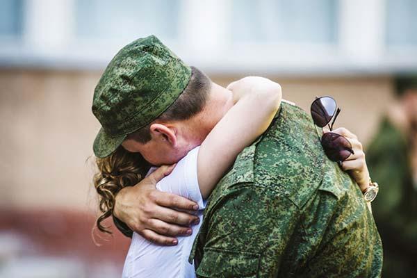 Сонник парень ушел в армию