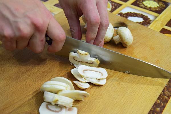 Сонник резать грибы