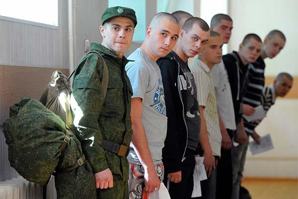 Сонник забрали в армию