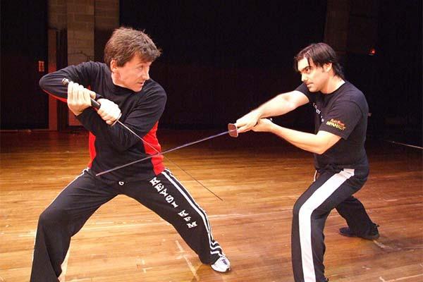 Сонник драться на мечах