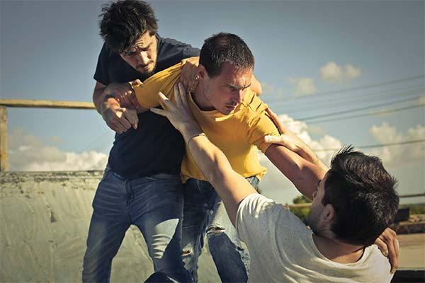 Сонник драться с цыганами