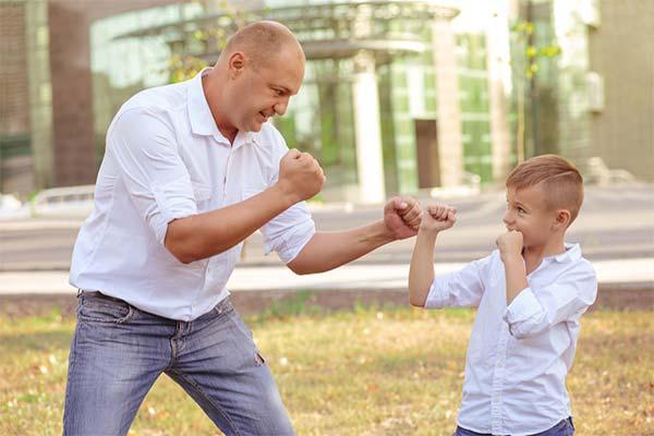 Сонник драться с сыном
