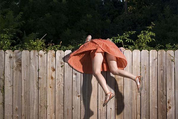 Сонник повиснуть на заборе