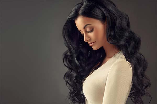 Черные длинные волосы