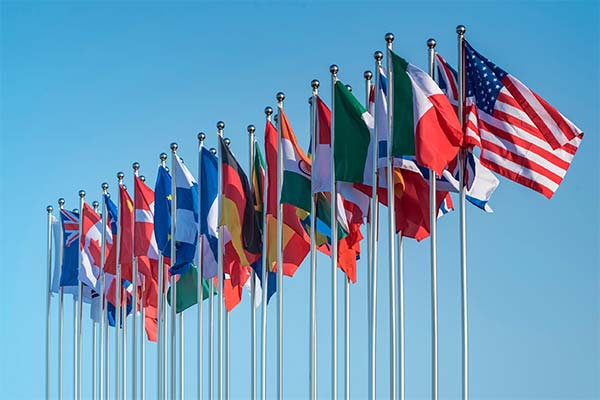 Много флагов