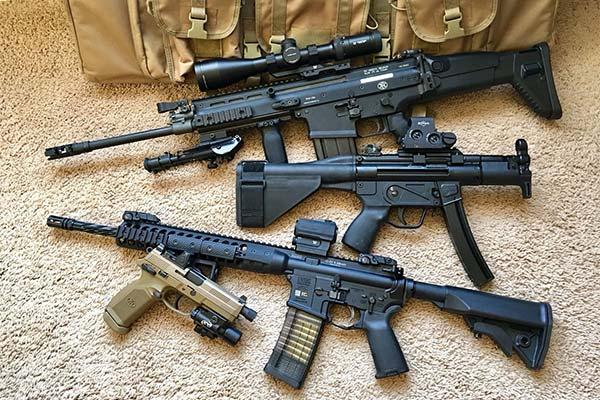 Много оружия
