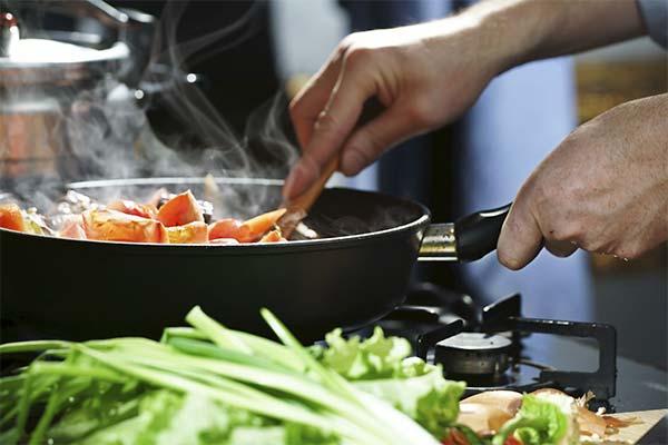 Сонник готовить еду