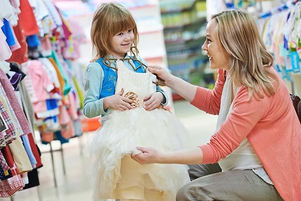 Покупать одежду ребенку