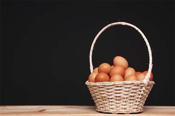 Сонник корзина с яйцами